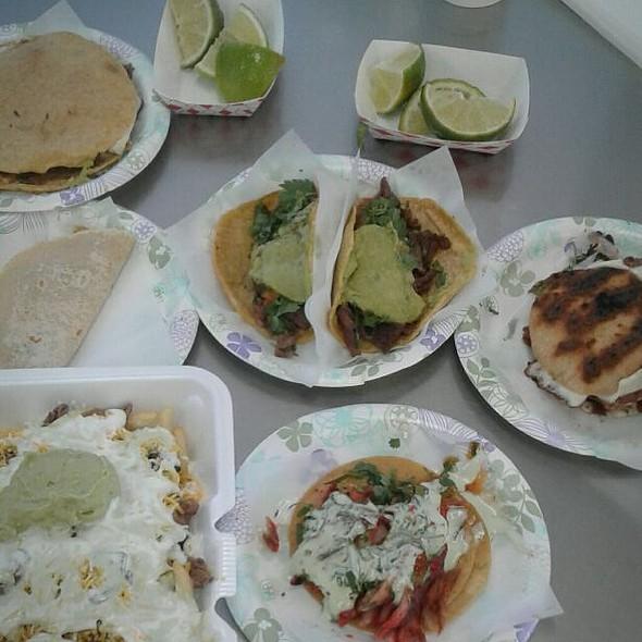 Tacos @ Tacos El Gordo