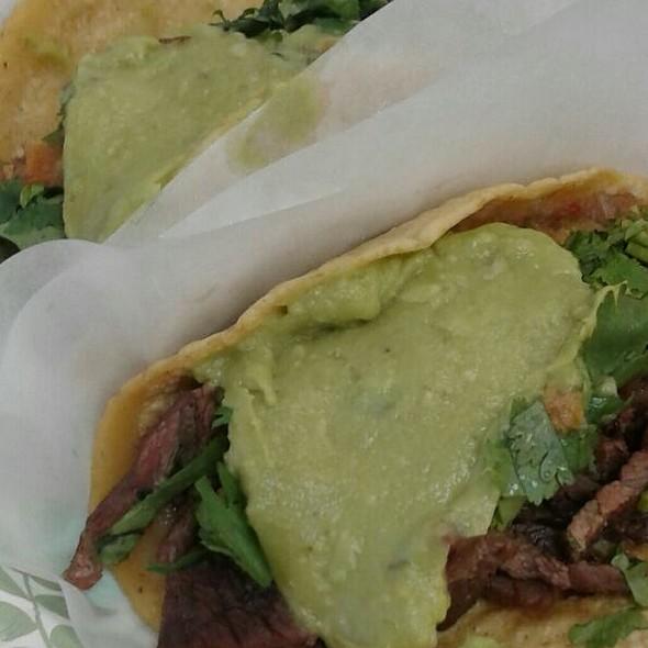 Carne Asada Tacos @ Tacos El Gordo