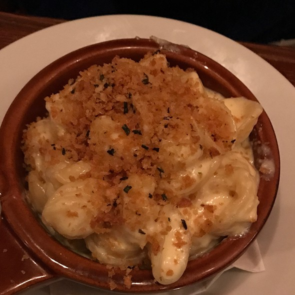 Mac and Cheese @ Twenty Railroad St