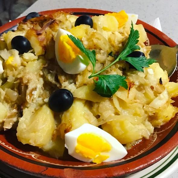 Bacalhau Gomes Sá @ Portugalia Bar & Restaurant