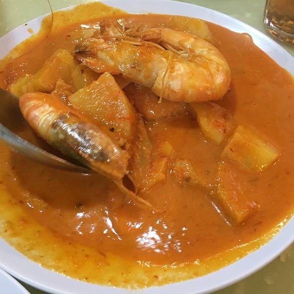 Curry Prawn with Pineapple @ Makko Nyonya Restaurant