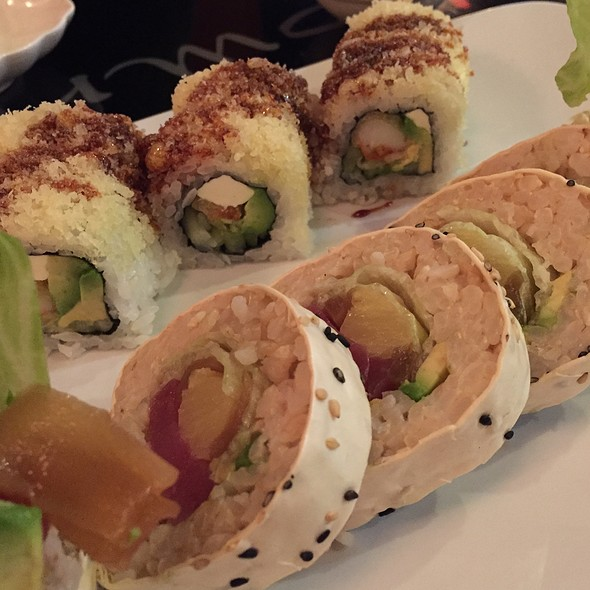 Sakura Roll @ Azuma Sushi & Teppan