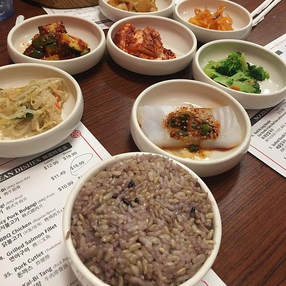 Banchan @ Omani Tofu Korean Bbq