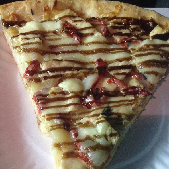 Balsamic Chicken Pizza @ Anthony's Pizzeria & Grill
