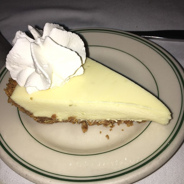 Key Lime Pie @ Joe's Stone Crab