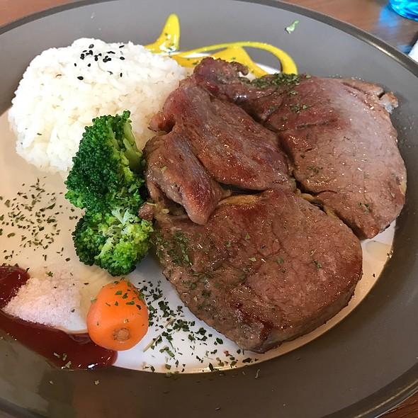 紐西蘭牛排飯 @ 飛行碼頭咖啡
