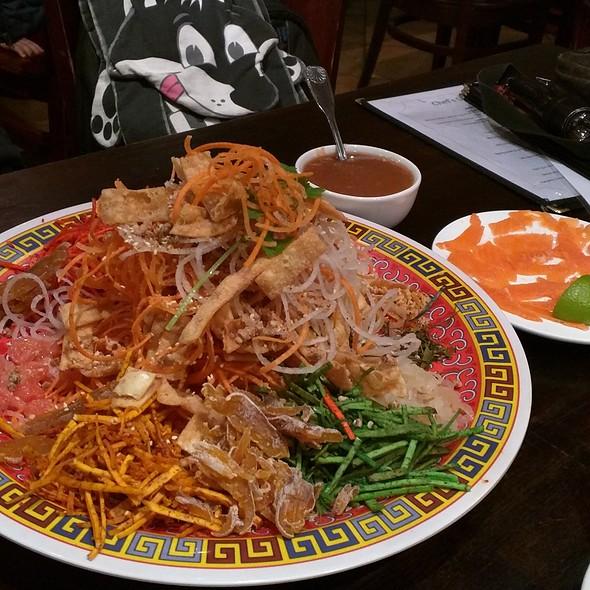 Yee Sang @ Penang Malaysian & Thai Cuisin