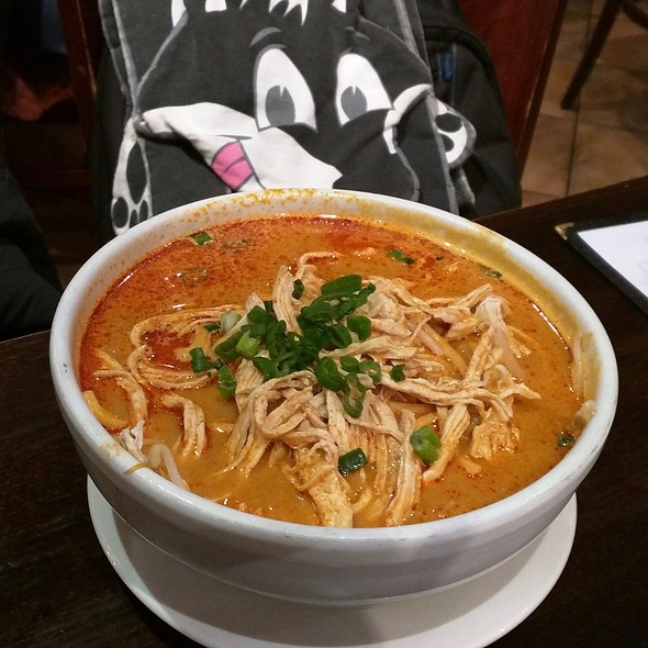 Curry Mee @ Penang Malaysian & Thai Cuisin