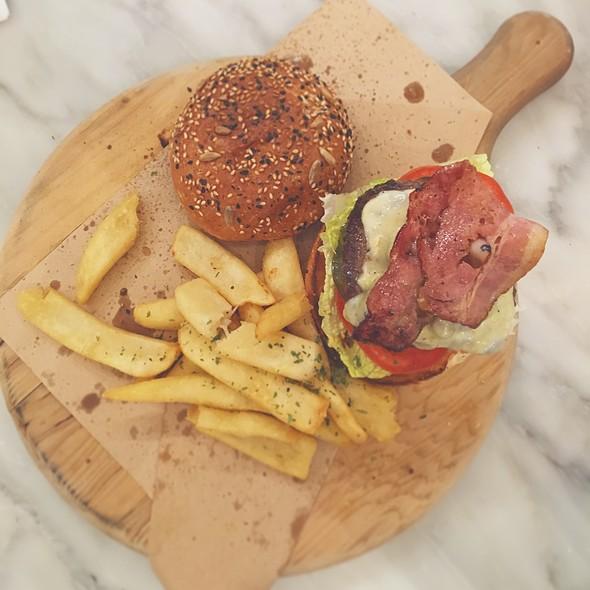 Prime Wagyu Burger