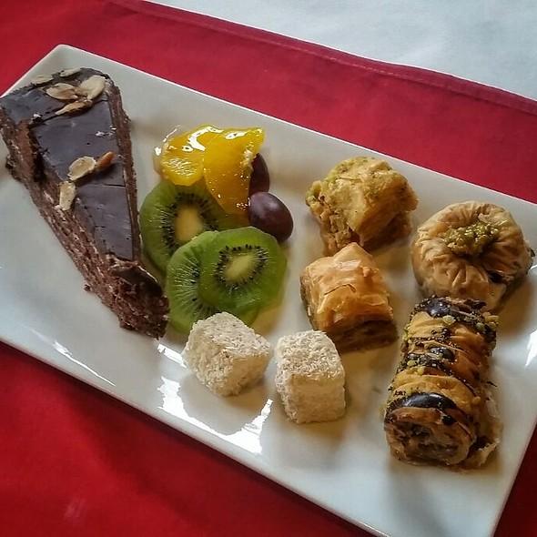 Dessert Sampler @ Queen Amannisa