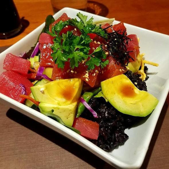 Black Pearl Tuna Poke Bowl @ Hot Woks Cool Sushi
