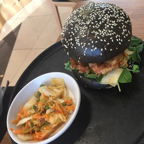 Softshell Crab Burger @ Axil Cafe