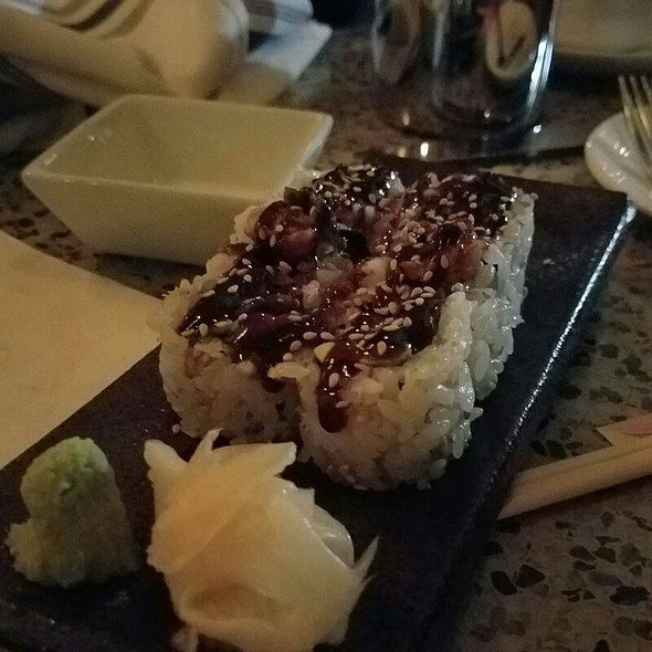 Eel and Avocado Roll