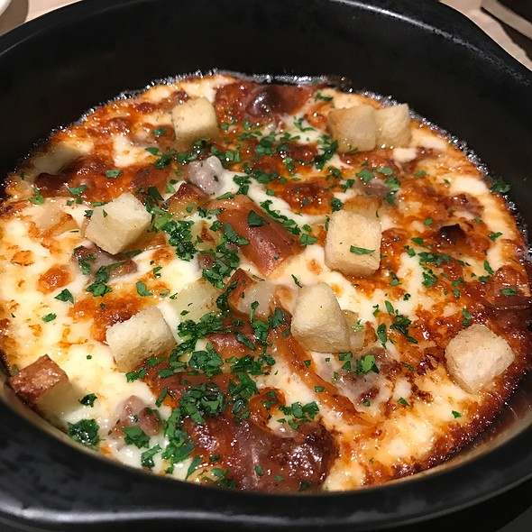 Baked Cheese And Potatoes