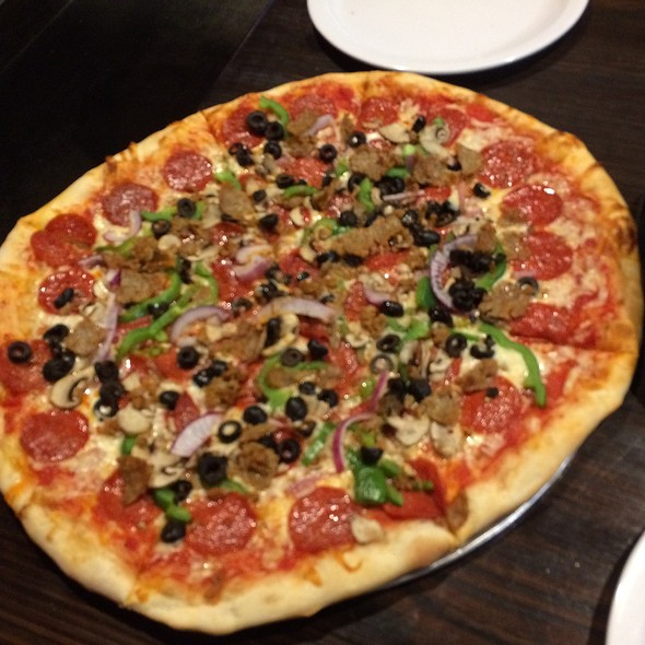 The Village Special @ Village Idiot Pizza