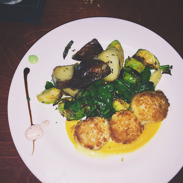Panko Scallops & Brussel Sprouts