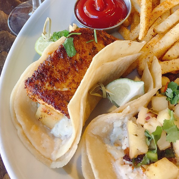 Mahi Fish Tacos @ Plank Seafood Provisions