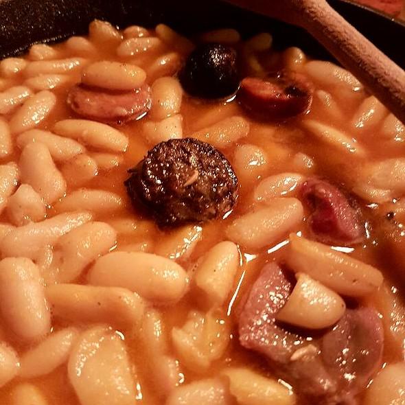 Fabada asturiana @ El Chigre 1769