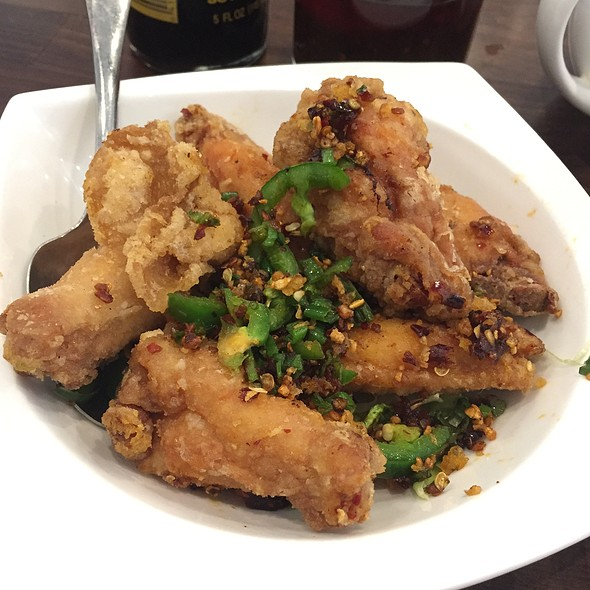 Chicken Wings @ Windsor Dim Sum