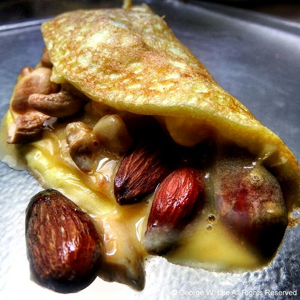 One Egg Omelette with Caramelized Onions, Chinese Barbequed Pork, Toasted Almonds and Cashews @ OAK Apt