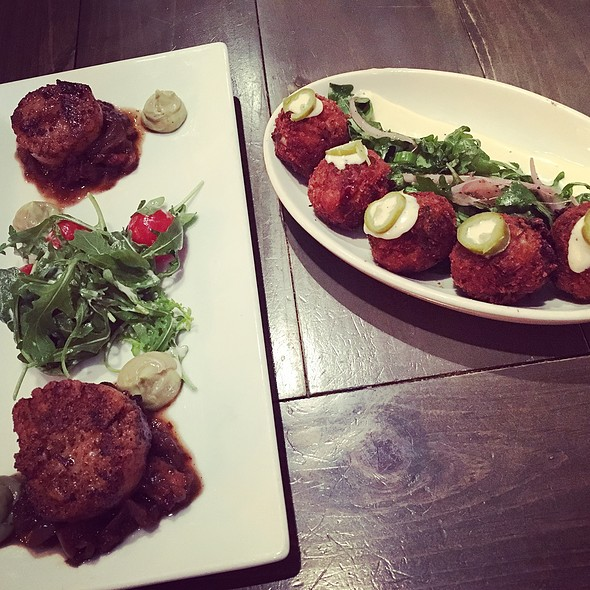 Scallops & Lobster And Crab Croquettes