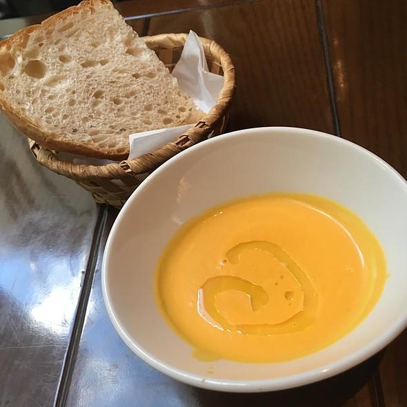 Carrot Potage & Baguette @ BISTRO DOUBLE