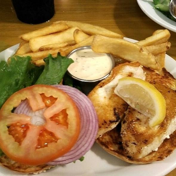 Fish (Ono) Sandwich