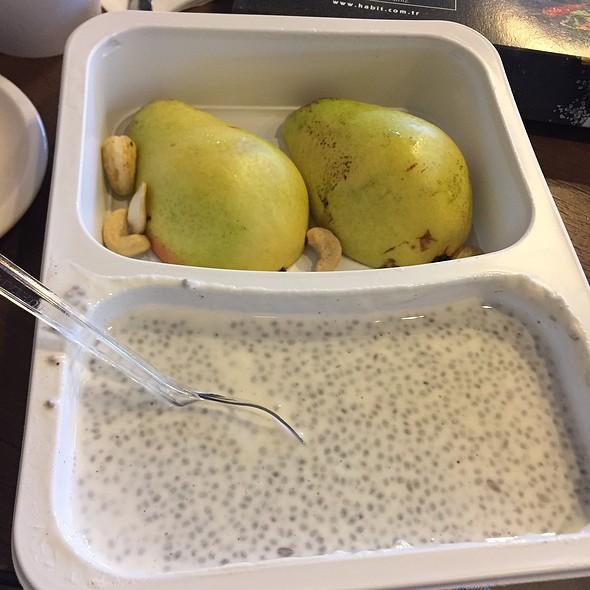 Chia Pudding Togo