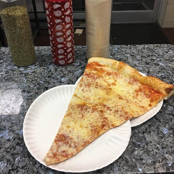 cheese pizza @ Lorenzo & Son Pizza Inc