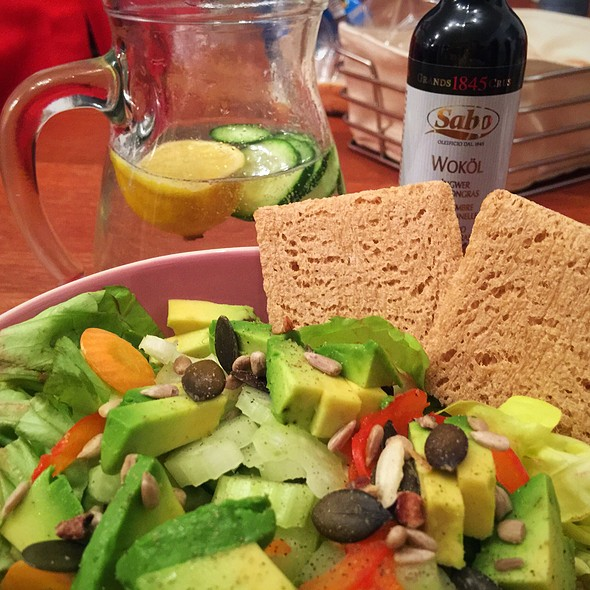 Avocado Salad @ ./lsd Cooking Pot
