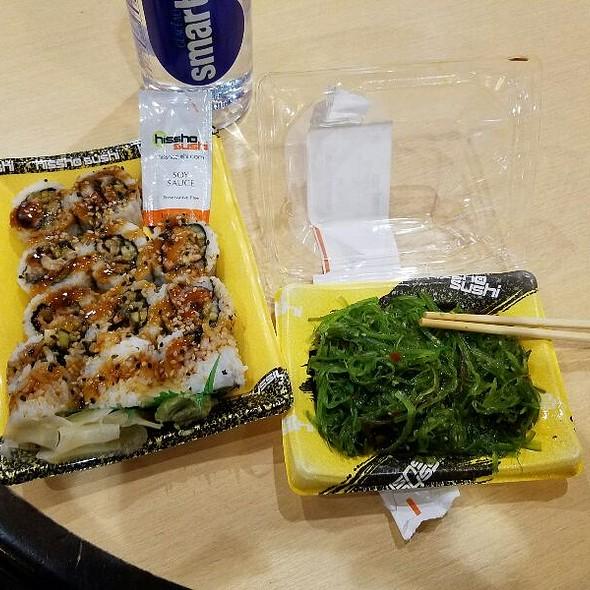 Eel Roll And Seaweed Salad