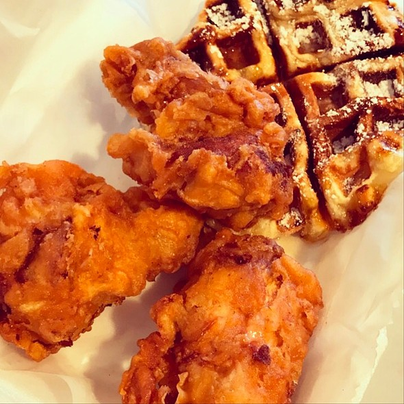 Chicken and Waffles @ Cheeks Chicken