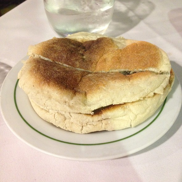 Bolo do Caco Bread with Butter and Garlic