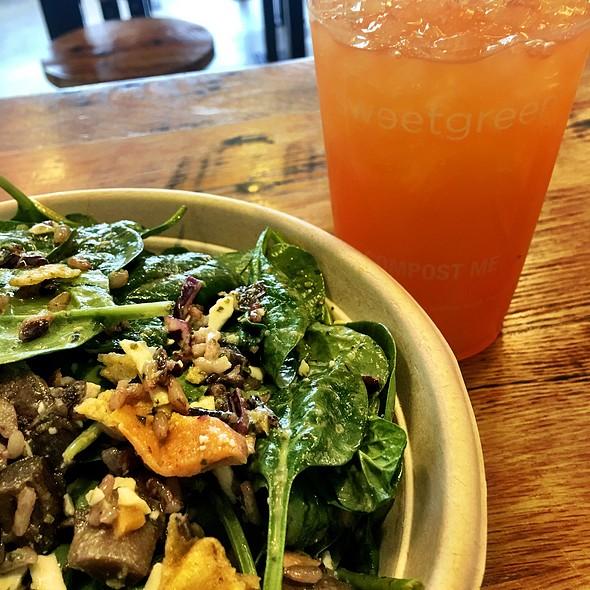Chicken Shawarma Bowl With Salad @ Sweetgreen Reston LLC