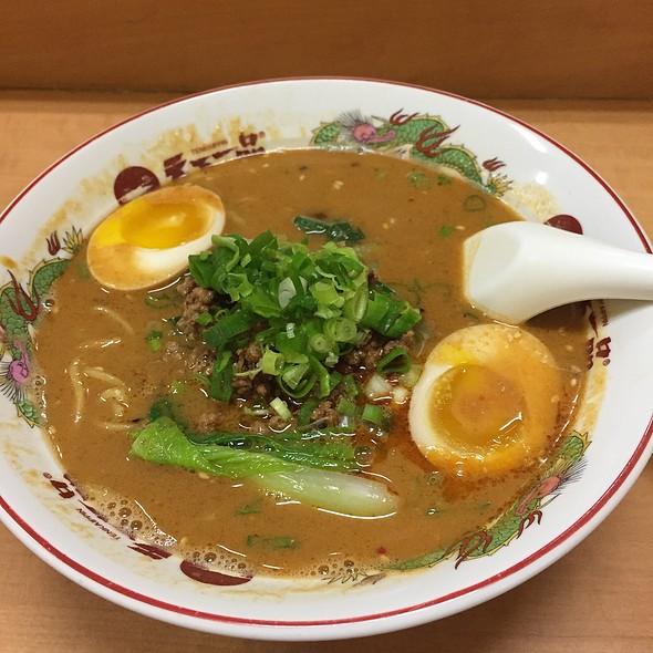 Spicy Tan Tan Ramen @ Tenkaippin Hawaii