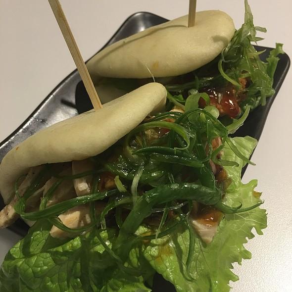 Chicken Bao Sliders