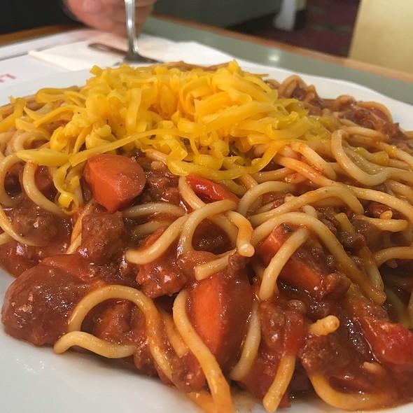 Filipino Spaghetti @ Lucky Chances