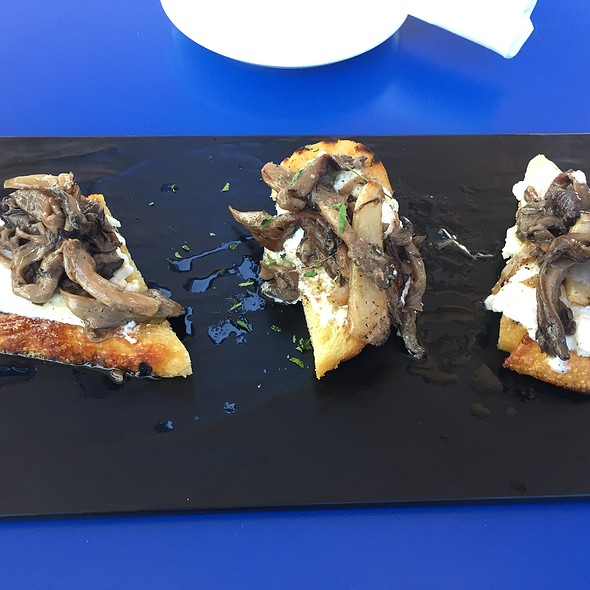 Mushroom Crostini @ The Terrace
