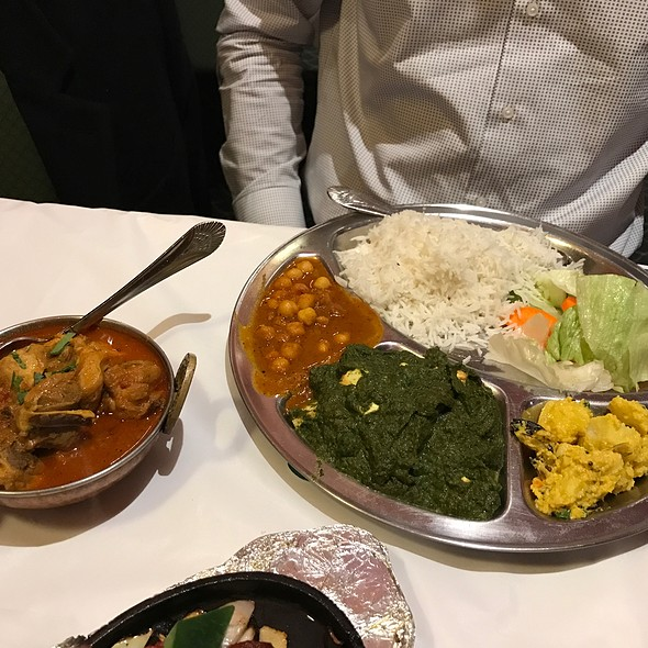 Chicken Cholay @ Mount Everest Restaurant