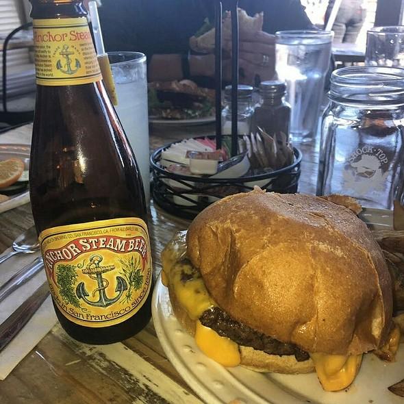 Cheeseburger and Beer @ San Francisco, California