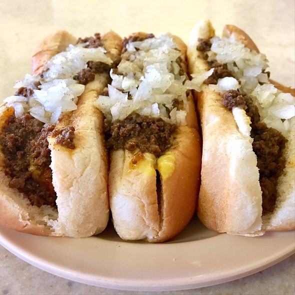 """3 New York System Hot Weiners """"All The Way"""", Small French Fries, And A Large Coke @ Olneyville New York System"""