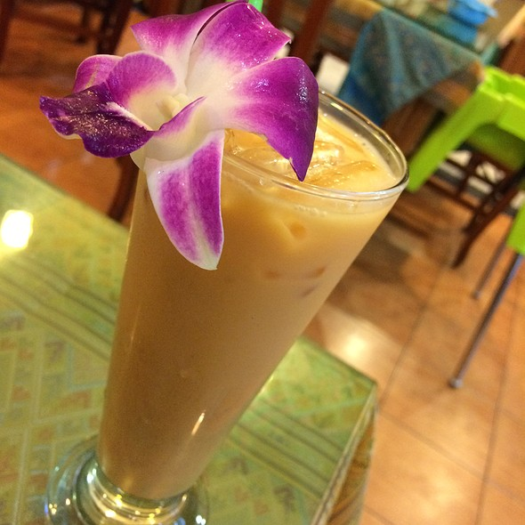 Thai Iced Milk Tea @ Queen of Curry