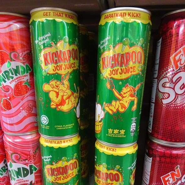 Kickapoo Joy Juice @ Giant