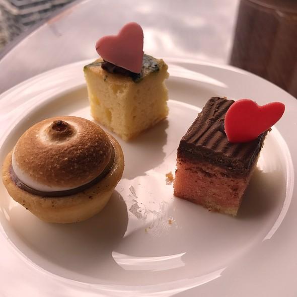 Cakes @ Sheraton Imperial Kuala Lumpur Hotel