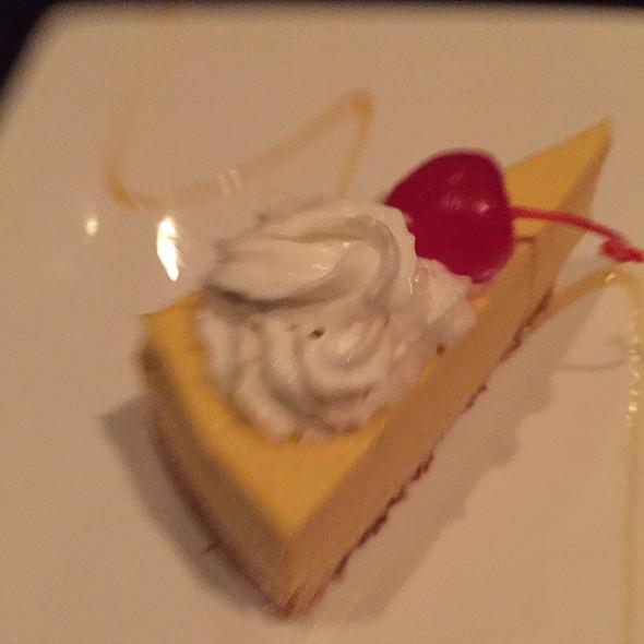 Mango Mousse Cake @ Mandarin Roots