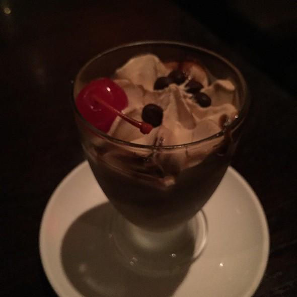 latte macchiato @ Mandarin Roots
