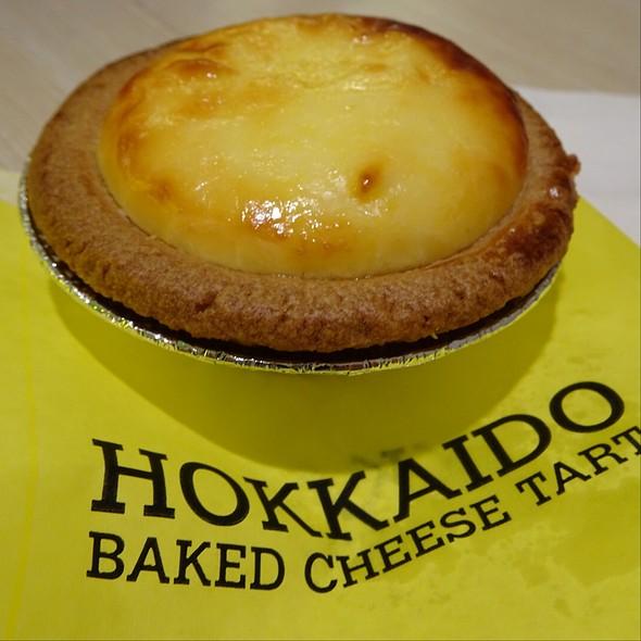 Hokkaido Baked Cheese Tart @ Hokkaido Baked Cheese Tart @ Terminal 21