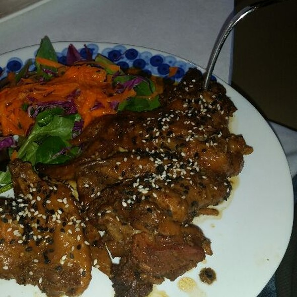 Vietnamese Chicken Wings @ Thithi's