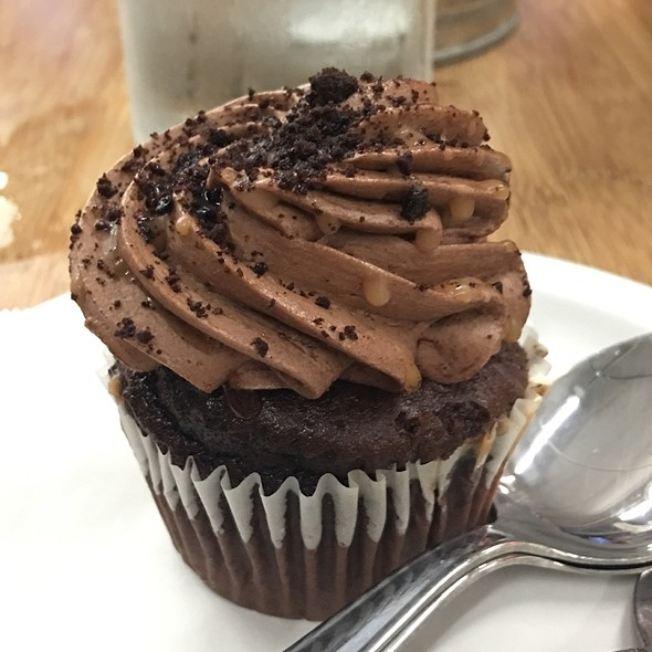 Porter Cup Cake