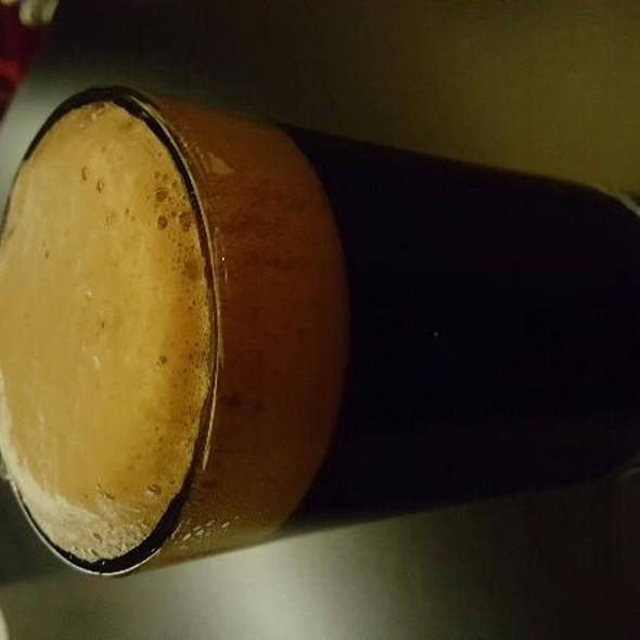 Hardwood Raspberry Stout @ The Tavern